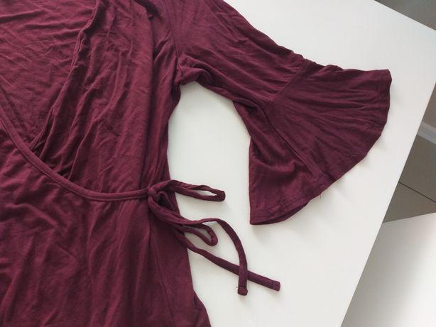 Bordowa bluzka z falbanka zakladana