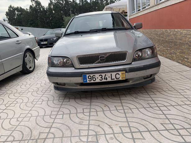 Volvo v40 t4 1.8 turbo
