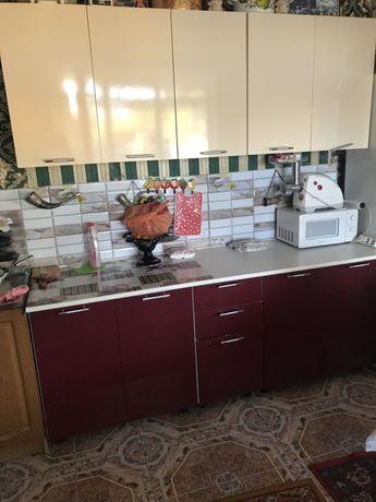 Кухня глянец продам