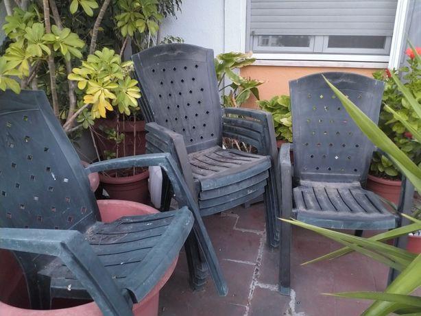 Vendo Cadeiras de Pátio ou Jardim