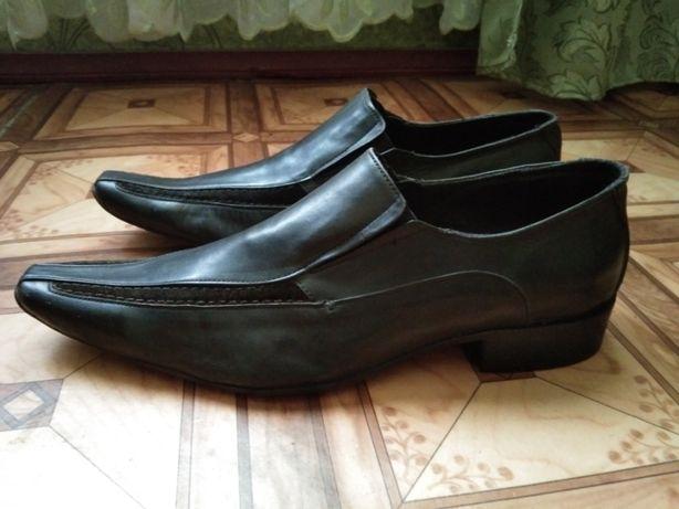 Продам новые кожаные туфли