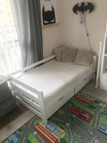 Dziecięce, młodzieżowe łóżko z materacem i szufladami