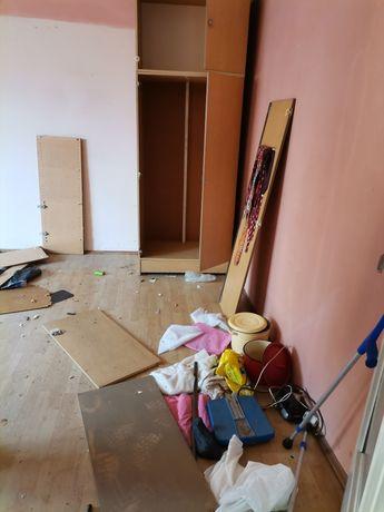 Wywóz śmieci agd złomu gruzu Opróżnianie mieszkań domów piwnic działek