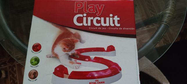 Продам игрушку для котят змейку!