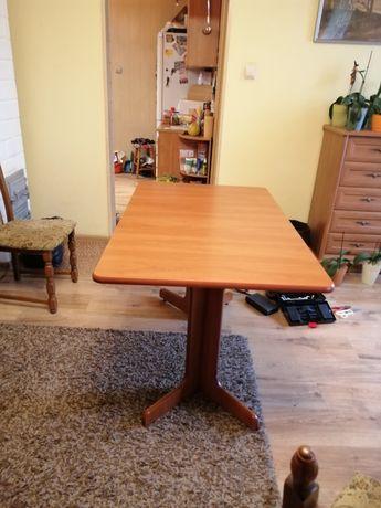 Stół solidny rozkładany
