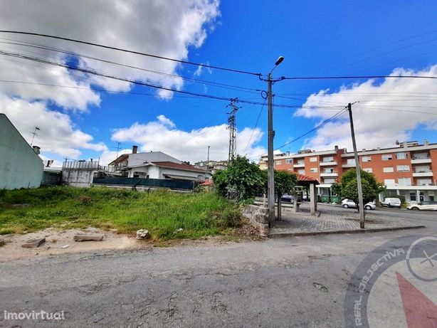 Terreno p/ moradia - S. Mamede Coronado