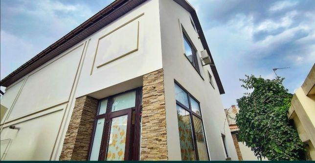 ПРОДАЖА! Отличный 2х эт дом в Центре с дизайнерским ремонтом