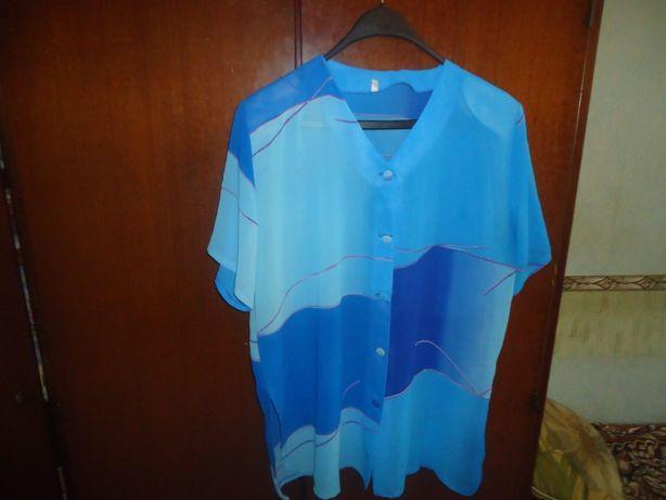 Продаётся блузка женская .Цвет голубой. Р-р 56. Цена- 105гр.См.описани
