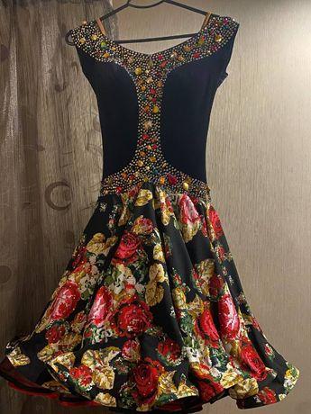 Плаття танцювальне (бальні танці)