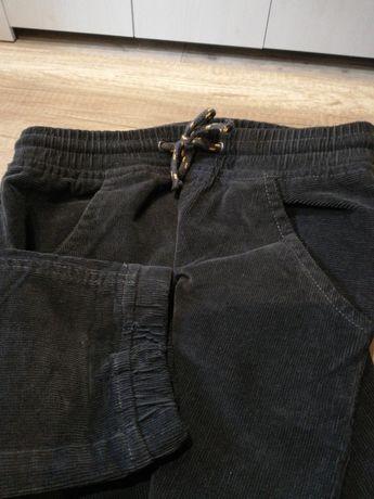 Spodnie sztruks 152