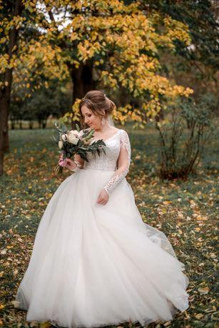 СРОЧНО ПРОДАМ!!!Шикарное свадебное платье + подарок