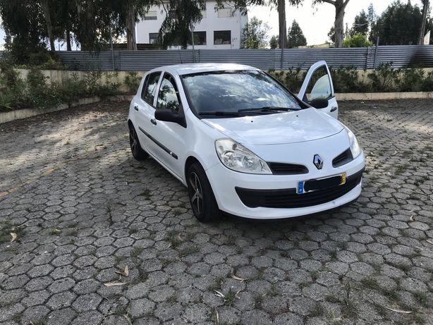Renault clio 3  1.5dci