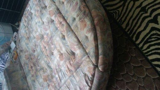 łóżko okrągłe podświetlane -lustro