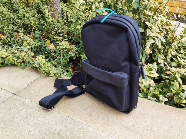 Стильный рюкзак - сумка WIWU Vigor Crossbody Bag Black для ноутбука