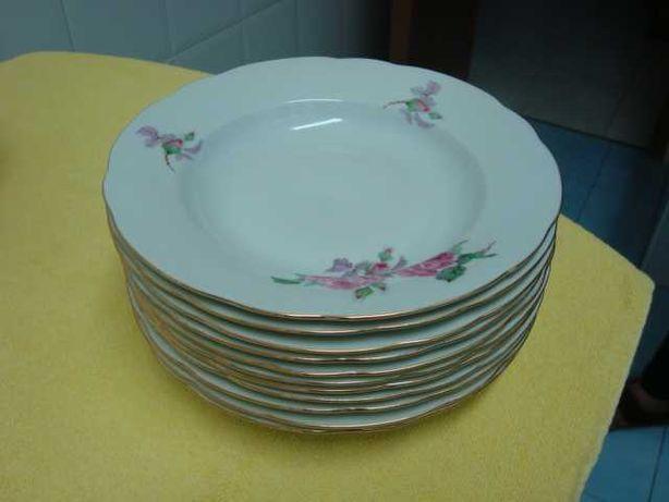 Serviço de jantar incompleto Porcelana Checoslovaca MZ