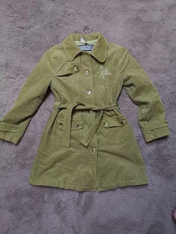 Zielony płaszczyk/płaszcz jesieńdla dziewczynek 146 cm wzrostu Patryk