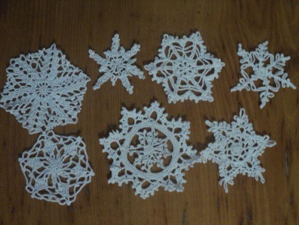 Набор снежинок на елку , для декора или на подарок