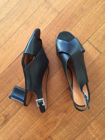Новые! ROBERT CLERGERIE босоножки сандалии на 39-40 франция