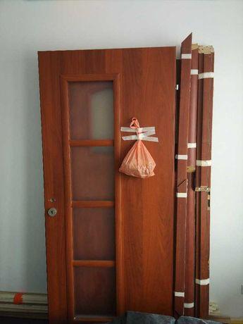 Skrzydła drzwiowe (3x pokój, 1 łazienka) stan Dobry+