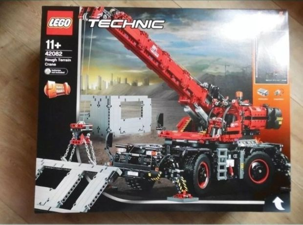 Lego Technic dźwig 42082 NOWY i ORYGINALNY!!!