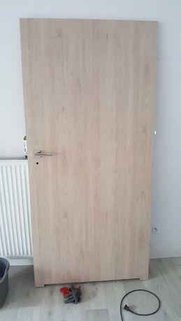 drzwi wewnętrzne polskone - kolor dąb selena bielony 90 prawe
