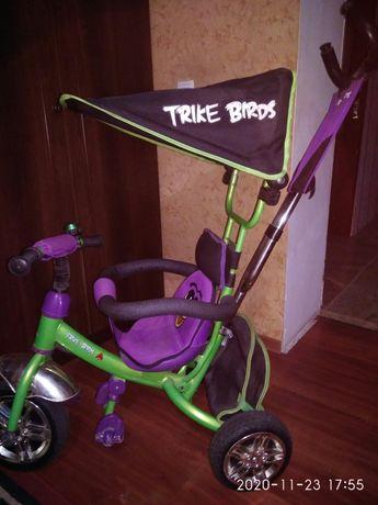 Продам детский велосипед с родительской ручкой.