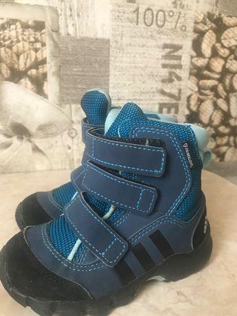 Чобітки осінь-зима 22 і 23р.Adidas primaloft