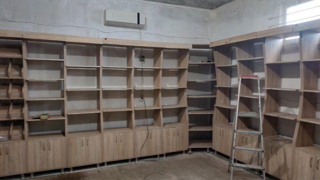 Меблі для магазину