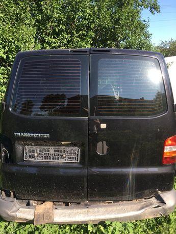 Разборка двери передние , распашонка, боковая дверь  Volkswagen T5