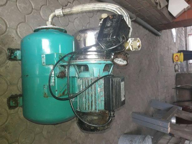 продам станцию для прокачки воды б.у