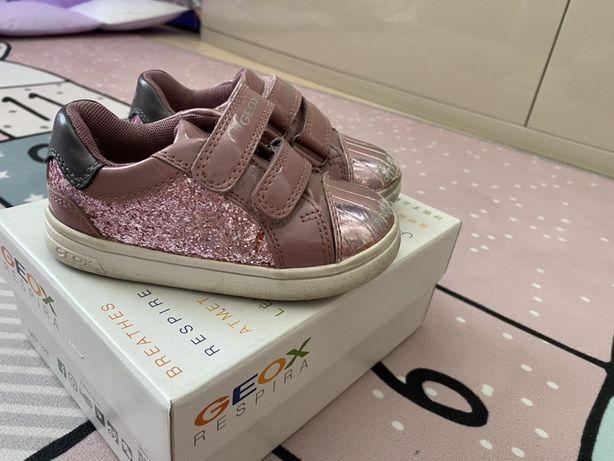 Кеды на девочку, обувь Geox