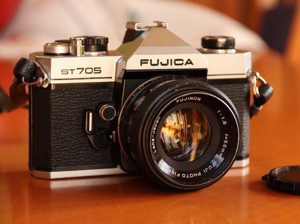 SLR analógica FUJICA ST705 1/1500s + Fujinon 1.8/55 (M42)