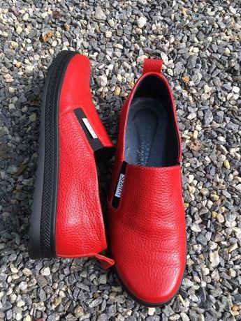 Лоферы, мокасины, женские туфли 37 размера, кожа