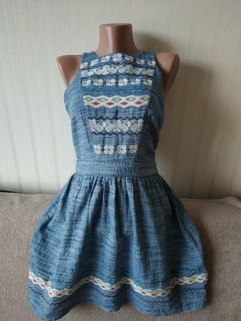 Платье вышиванка ,коттон Warehouse