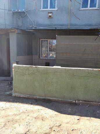 В городе Береслав продам квартиру