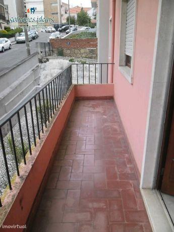 Apartamento T4+1 Celas