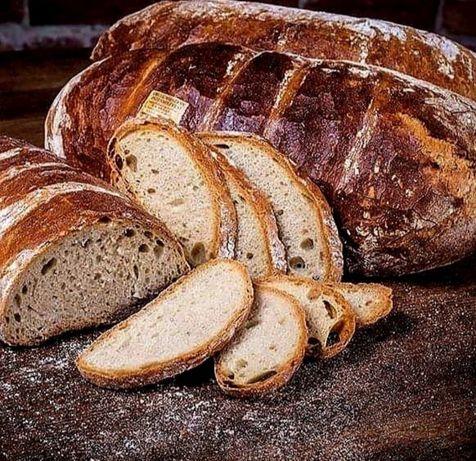 Chleb żytni na zakwasie z pieca opalanego drewnem