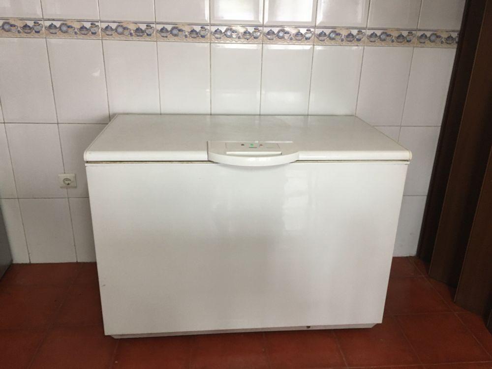 Arca Congeladora Zanussi - 350l