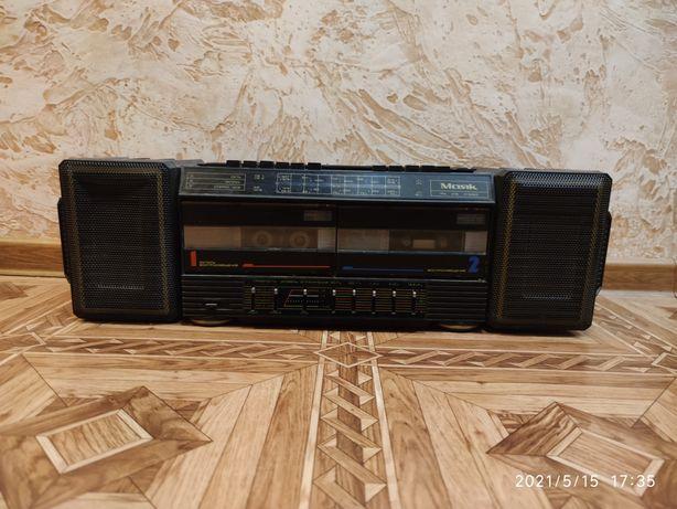 Магнитофон Маяк РМ 215 стерео кассетный