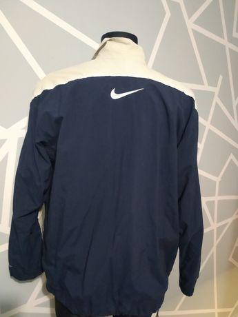 Kurtka wiatrowa Nike rozmiar M
