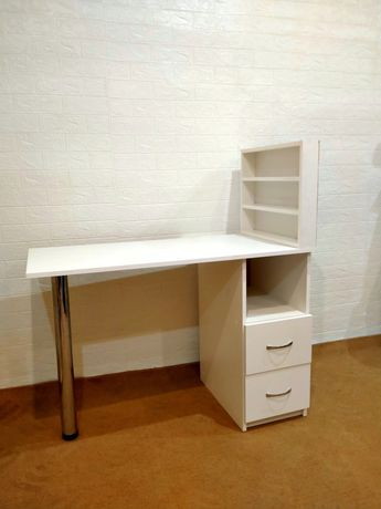 Новый! Маникюрный стол