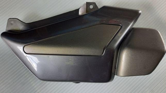Moto Guzzi Breva V 750ie wypełnienie pod kanapą.