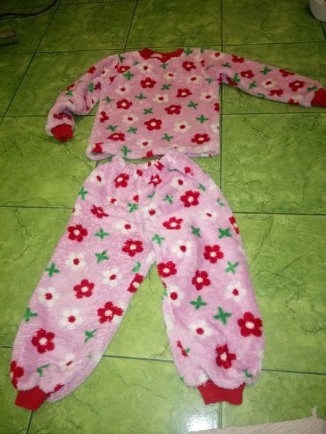 Пижама махровая (травка) девочке 3-4 года