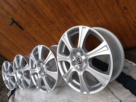 Mazda/Honda/Hyundai/Kia/Nissan/Suzuki 17x5x114,3 komplet Felg