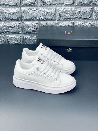 Adidas кожаные белые кроссовки Адидас кожаные кеды кросовки
