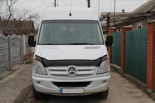 Пассажиро-перевозки по Украине на 8 местном авто