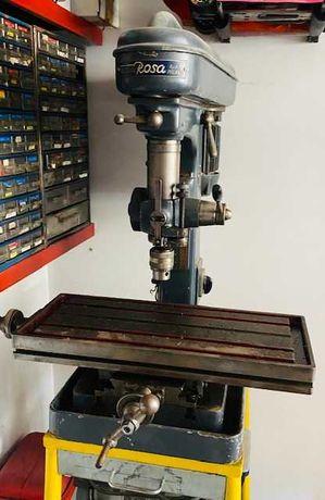 Máquina de furar com mesa para Fresadora