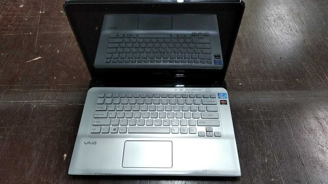 Laptop SONY VAIO SVE14A2V2E TABLET DOTYK, SSD 256 GB, 4 GB , i5-3210M,