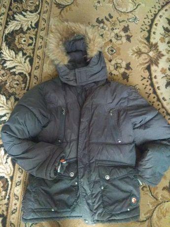 Куртка,парка, зимняя, на мальчика до 146 рост