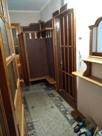 Сдаю 2-х комнатную квартиру в центре Корабельного района.